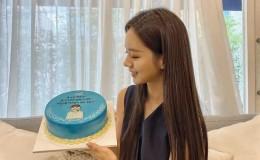 女爱豆上传与留了5年的头发分别影片,背后原因感人