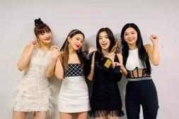 Red Velvet JOY遭批无视同团师妹aespa?