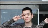 EXO成员伯贤传达了在军队训练的健康近况